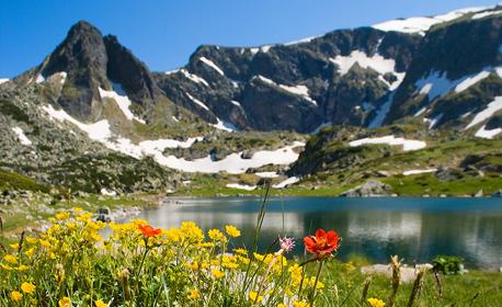 Еднодневна екскурзия до Седемте рилски езера! Вижте това чудно място с Лилия Травел