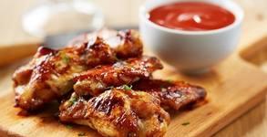 1.3кг Апетитно плато с грилована пилешка пържола и овкусени картофени шайби