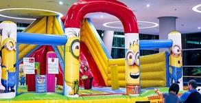 60 минути щуро забавление за малчугана в Надуваем замък - в Grand Mall Варна
