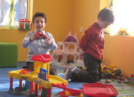 Детски парти център Малък град