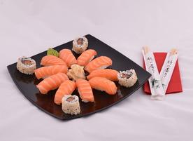 Dzen Sushi kitchen