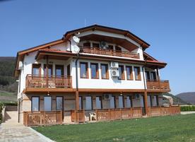 Къща за гости Рая - с.Кормянско