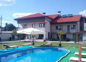 Къщи за гости Свети Никола
