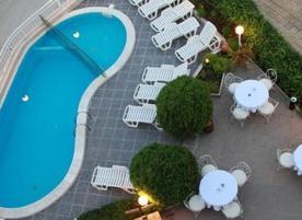 Хотел Gardia