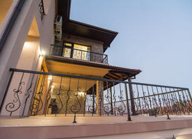 Къщи за гости Минерал Вилидж