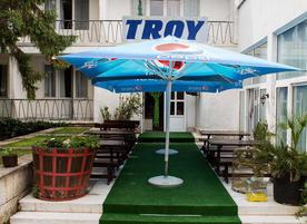 Хотел Трой
