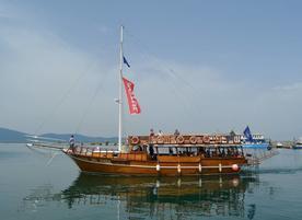 Моторна яхта Big Baba