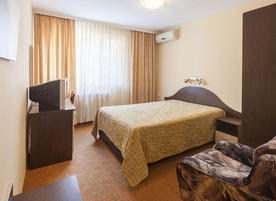 Хотел Централ, Бургас