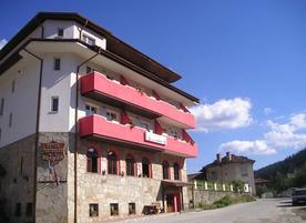 Хотел Белона**
