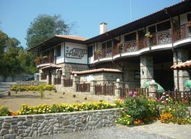Хотел Ажур