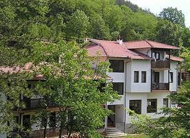 Семеен хотел Чукани