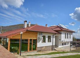 Къща за гости При Вожда