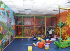 Детски парти център Honey