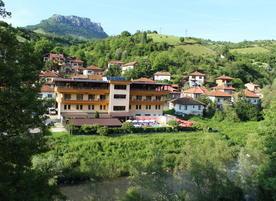 Семеен хотел Еница