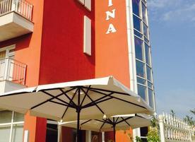 Семеен хотел Малина