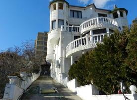 Къща за гости Белия замък