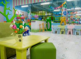 Детски център Kids Play