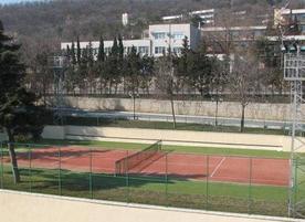 Тенис кортове Sunny day