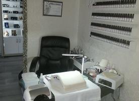 Royal Professional Beauty House