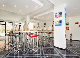 Brush Up - Paint & Wine Studio