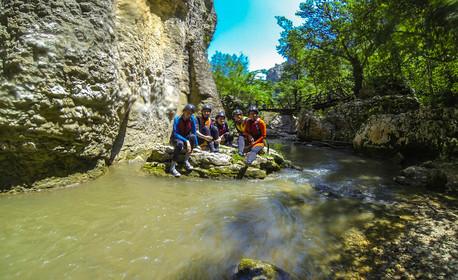 Екстремно приключение край Велико Търново! Каньонинг по река Негованка, плюс нощувка на палатка в с. Емен