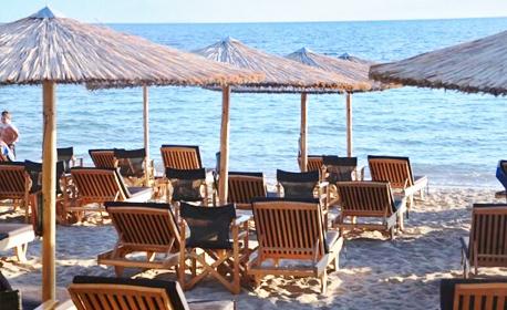 През Май в Гърция! 2 или 3 нощувки за трима или четирима
