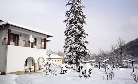 Коледа в Трявна! 2, 3 или 4 нощувки със закуски и 2 празнични вечери