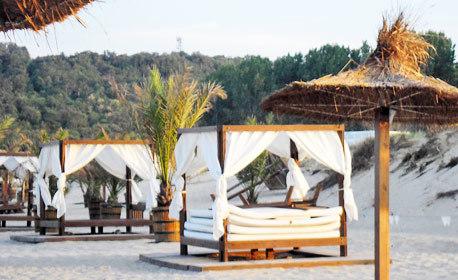 Лятна фиеста на залив Каваци! 2, 3 или 5 нощувки със закуски - на 30м от плажа