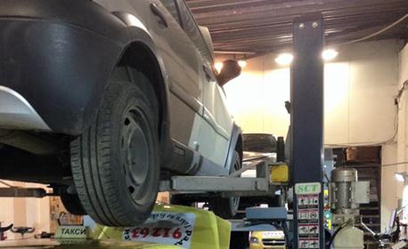 Реглаж на мост на лек автомобил, джип или бус