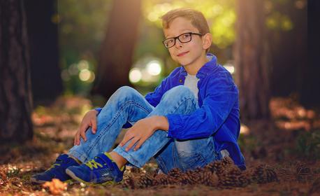 Индивидуална или семейна есенна фотосесия сред природата, с 20 обработени кадъра