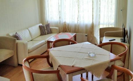 Почивка в Правец до края на Март! 2 или 3 нощувки за 4 човека или наем на цяла къща за 12 човека