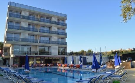 Ранни записвания за почивка в Кушадасъ! 7 нощувки на база All Inclusive в Хотел Belmare 4*