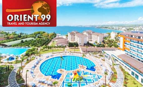 Луксозна почивка в Турция през Май! 7 нощувки на база 24h All Inclusive в Хотел Lonicera Resort & SPA*****, Алания