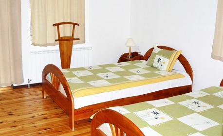 Почивка в сърцето на Родопите! Нощувка със закуска и вечеря за двама - в с. Тешел