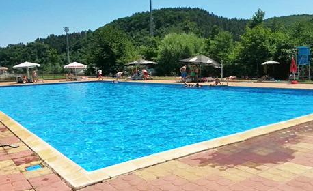 Лятна почивка в Трявна! 2, 3 или 4 нощувки със закуски и вечери, плюс ползване на басейн