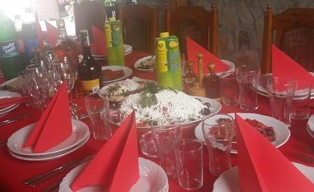 През Юли в Поморие! Нощувка със закуска за двама