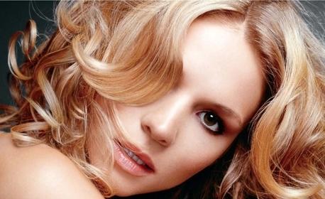 За красива коса! Полиране, подстригване, боядисване, парти прическа или терапия по избор