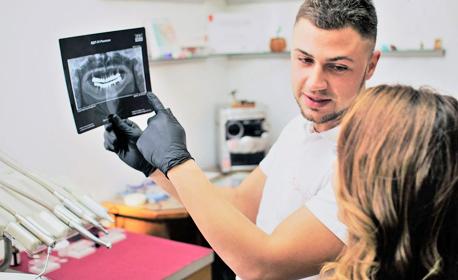 Ортодонтски преглед, консултация и план за лечение - с бонус 50% отстъпка за брекети на горна или долна челюст