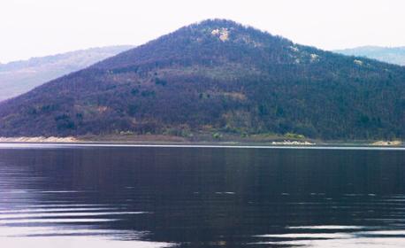 Почивка край язовир Жребчево! 5 нощувки на база All Inclusive, с възможност за риболов
