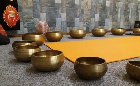 50 минути релакс! Контактен виброакустичен масаж на цяло тяло с тибетски пеещи купи