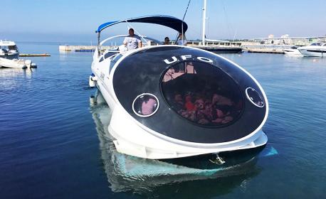 Двучасова морска разходка с високоскоростна яхта, плюс напитка и посещение на мидена ферма