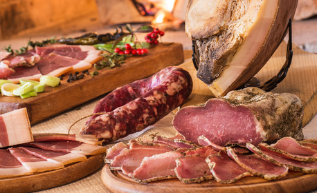 SPA релакс в Еленския Балкан! Нощувка със закуска и вечеря - без или със обяд, от SPA комплекс Елена