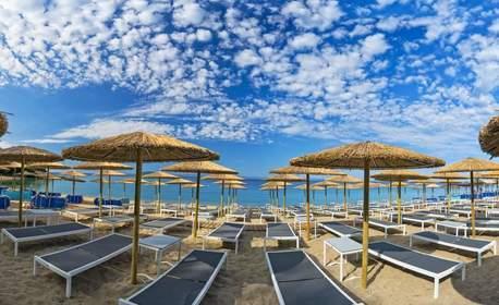 През Май на полуостров Халкидики, Ситония! 3 или 4 нощувки със закуски и вечери - за двама възрастни с дете до 12г