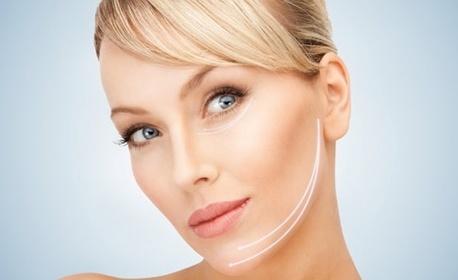 Чисто и сияйно лице! Терапия против акне