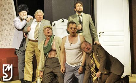 """Много смях с Михаил Билалов в комедията """"Енергични хора"""" на 26 Септември"""