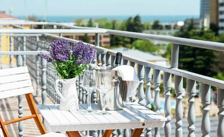 Лято в Слънчев бряг! 2 или 3 нощувки със закуски и възможност за вечери - на 250м от морето