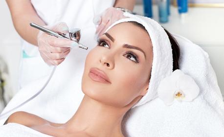 Кислородна мезотерапия и лимфен масаж на лице, плюс биолифтинг на околоочен контур