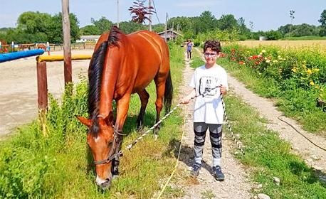 20 минути разходка с кон за дете на 4 - 16г