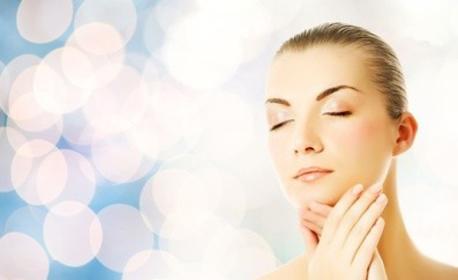 Хидратираща SPA терапия на ръце или почистване на лице, плюс терапия с хиалурон и масаж