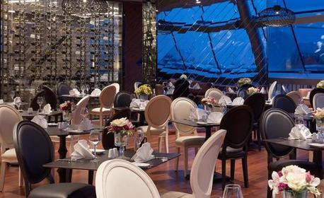 НГ в Истанбул! 3 нощувки, закуски и празнична вечеря в Mercure Istanbul West Hotel & Convention Center*****, плюс транспорт